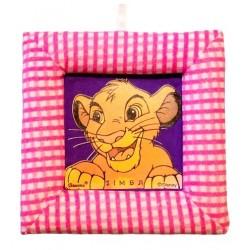 Tablou textil pentru perete Simba Disney Lion King, carouri roz